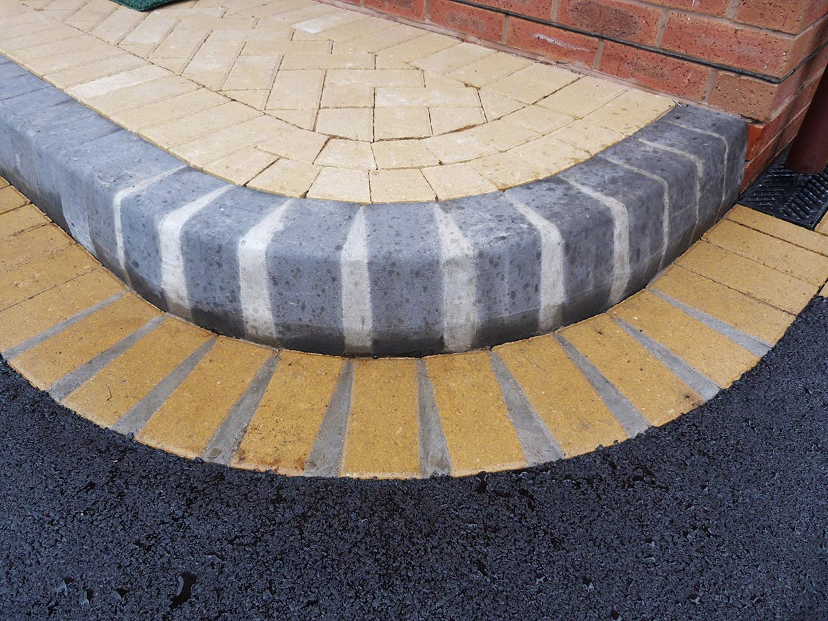 Birmingham Based Oakley Drives Install Door Steps, Entrance Patterns And  Ramps. We Cover Solihull, Dorridge, Knowle, Hollywood, Shirley, Stechford,  Wythall, ...